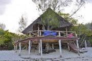 Empty bamboo house on the beach - Beachouse