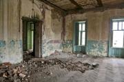 Room in a very old, crumbly building - Crumbling interior