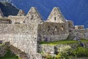 Buildings wihout roof on Machu Picchu - Machu Picchu