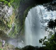 "The Misol-Ha watrefall lies in the Northen part of Chiapas Province, Mexico, on the teritorry of Salto de Agua, Ejido San Miguel village. Size: 40 m heigh, 10 m wide. The water is falling in a basin of 40 m diameter and depth of 25 meters. - ""Step behind the Falls"""