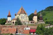 Castle with a wooden tower - Nice castle