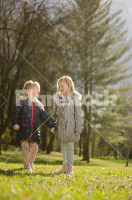 Sisters - sisters in the park (spring)