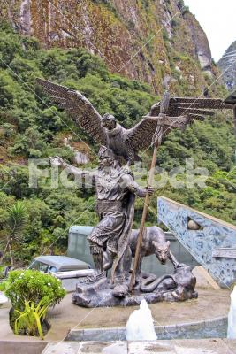 The Inca -  Pacsakutek Yupanki, the great inca emperor with the three symbolic animals